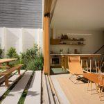 Ngôi nhà với vẻ giản đơn mộc mạc của nội thất gỗ tại Mỹ